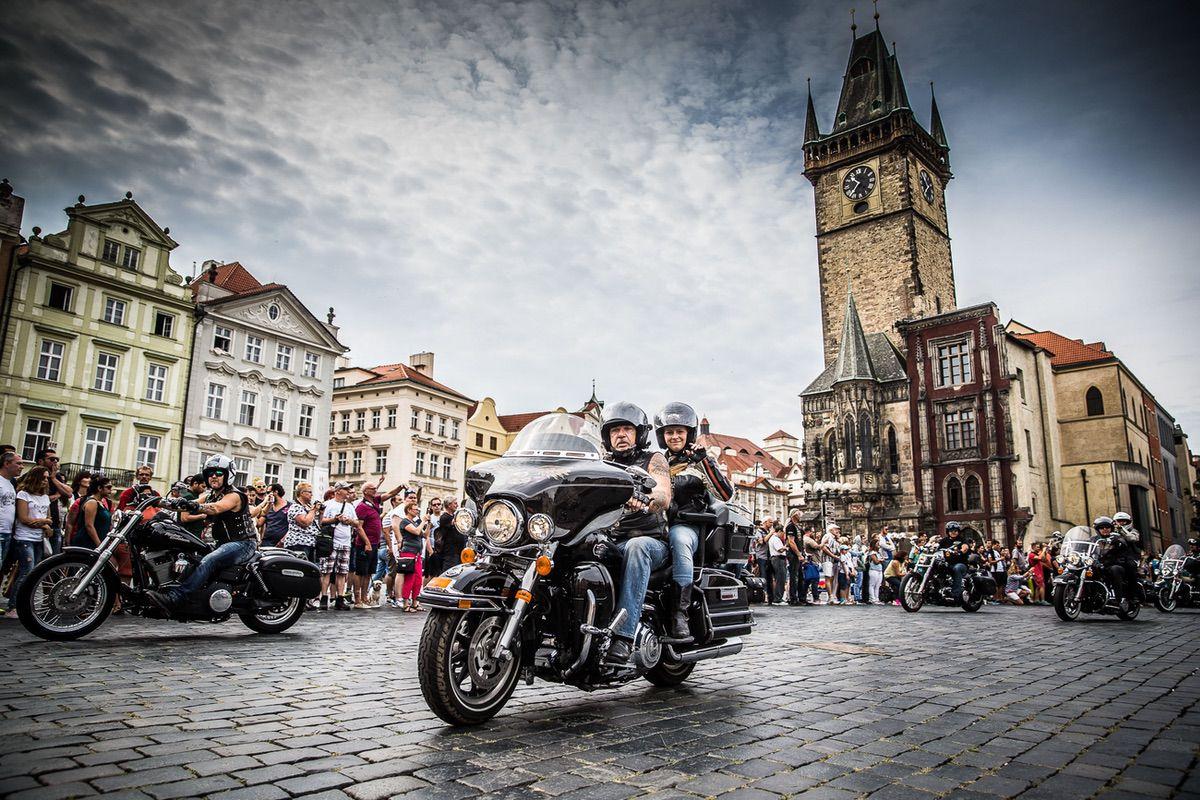 115 aniversario H-D en Praga