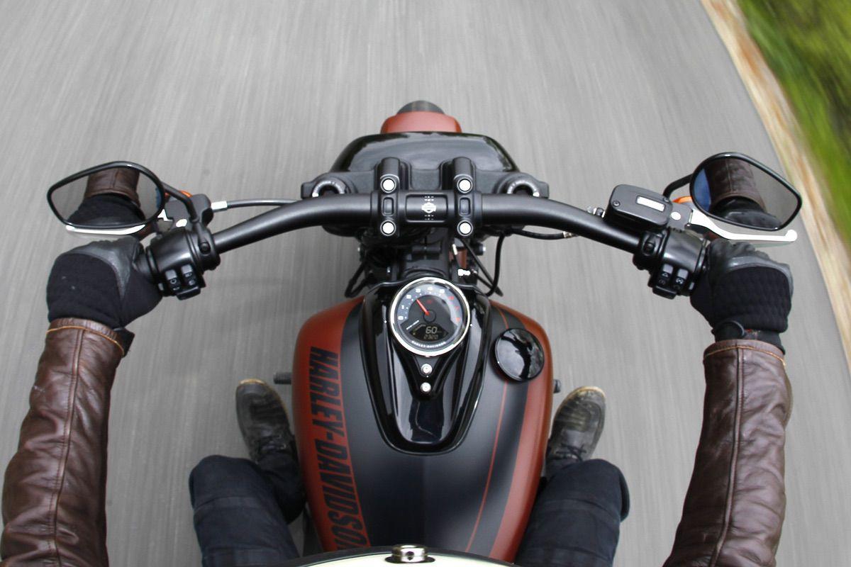 Instrumentación de la Harley Davidson Fat Bob