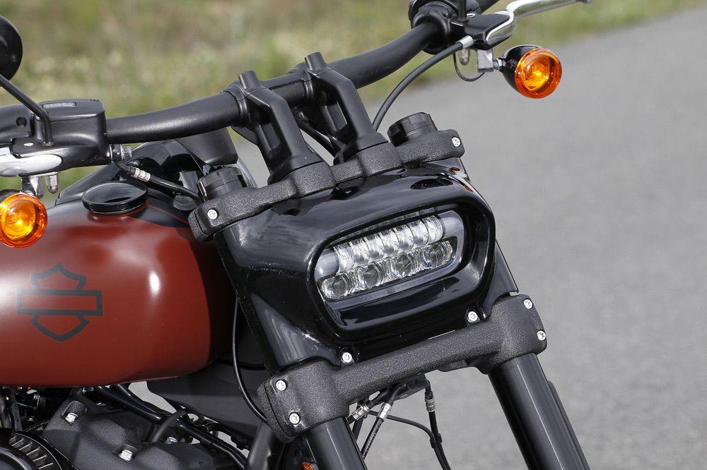 Faro delantero de la Harley Davidson Fat Bob