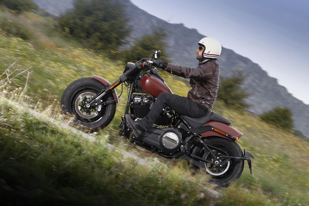 El tren delantero de la Harley Davidson Fat Bob es una de sus señas de identidad