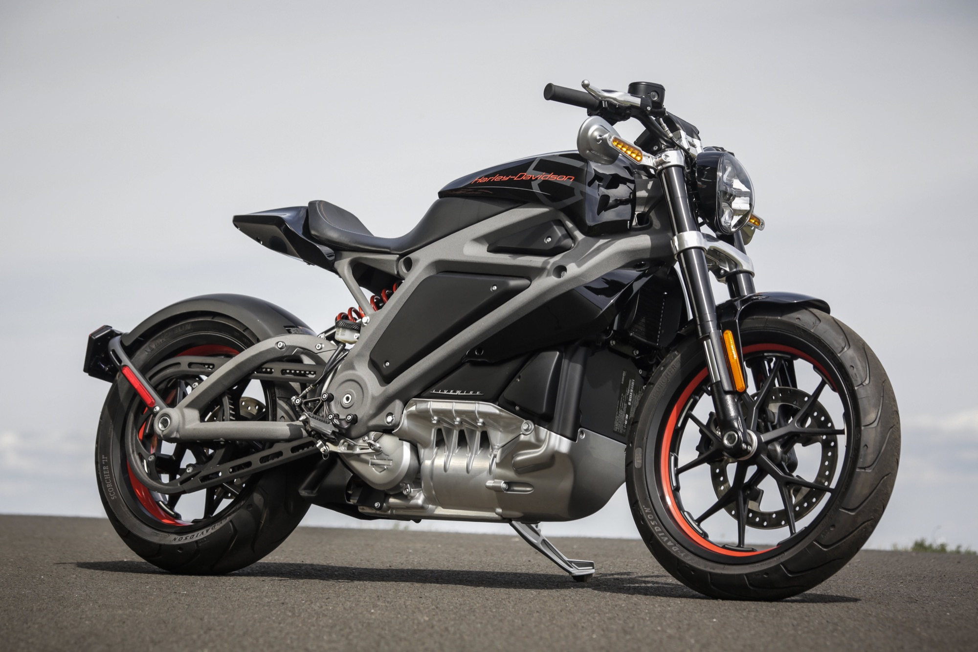 https://www.moto1pro.com/sites/default/files/harley-davidson-livewire.jpg