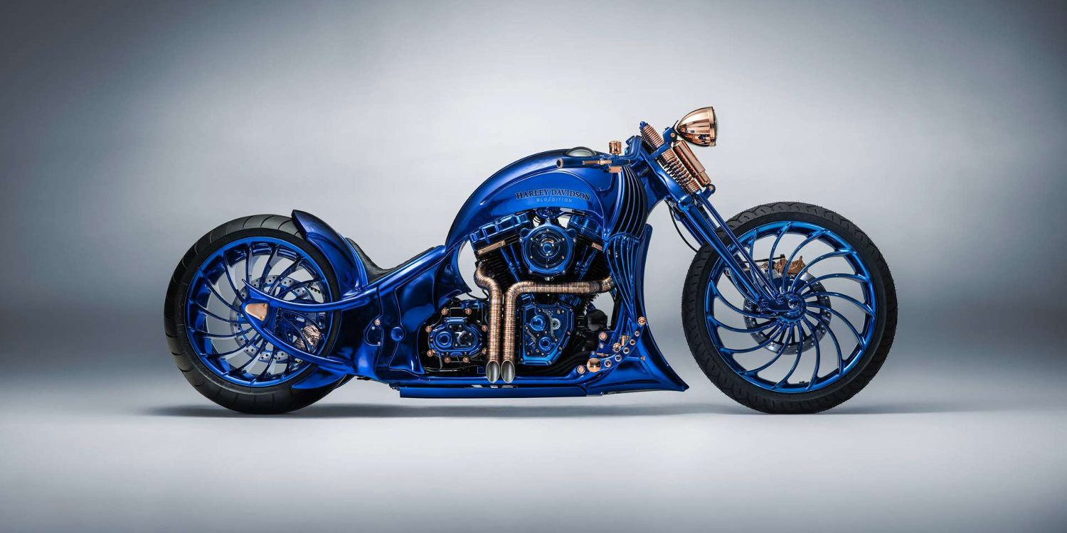 https://www.moto1pro.com/sites/default/files/harley-davidson_bucherer_blue_edition.jpg