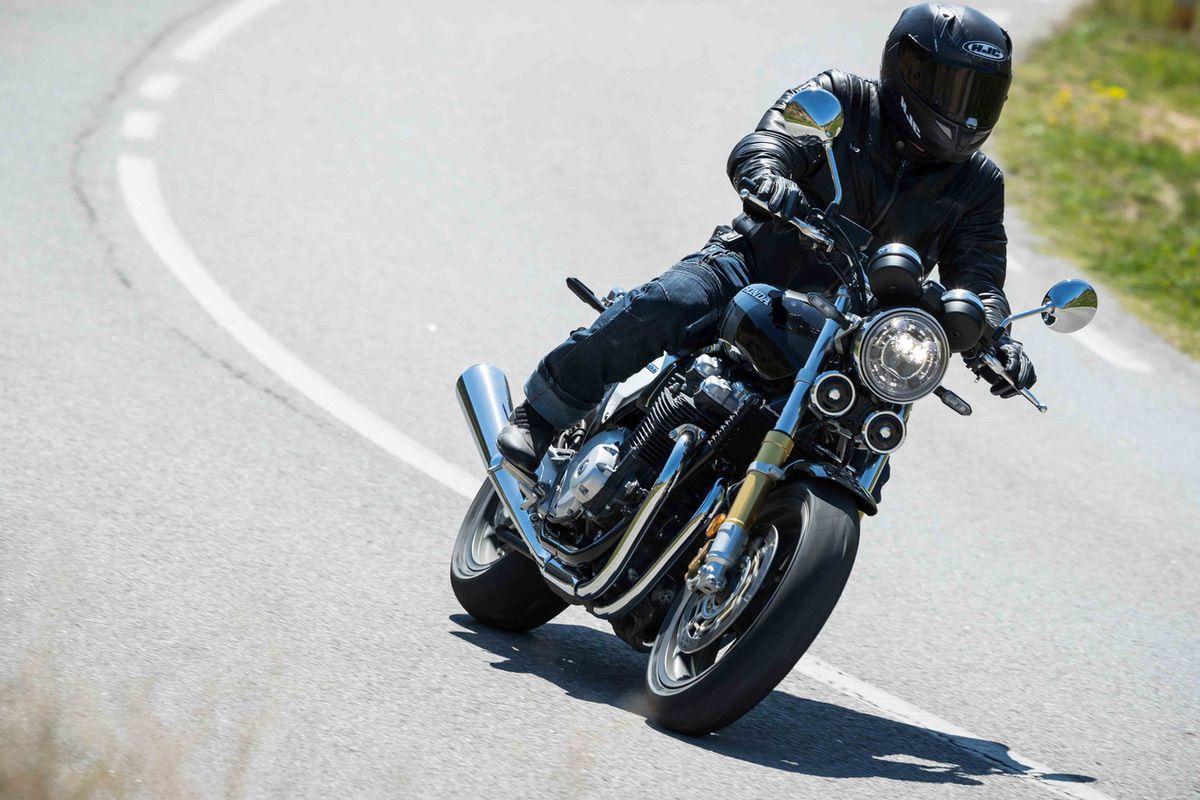 Honda CB1100RS 2017