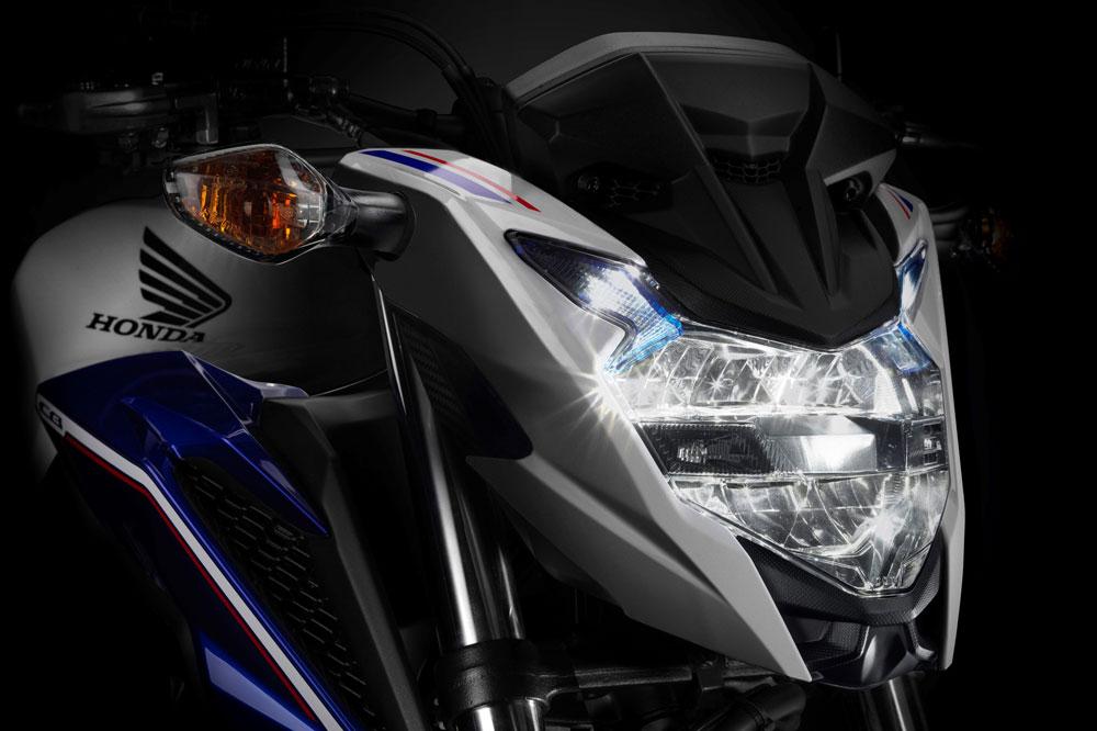 Faro delantero de la Honda CB500F