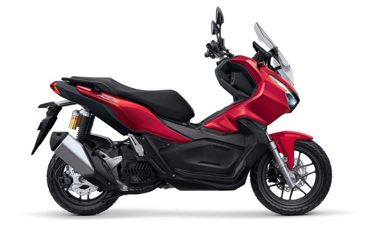 Honda ADV 350 2022: el X-ADV mediano para carnet A2, más cerca