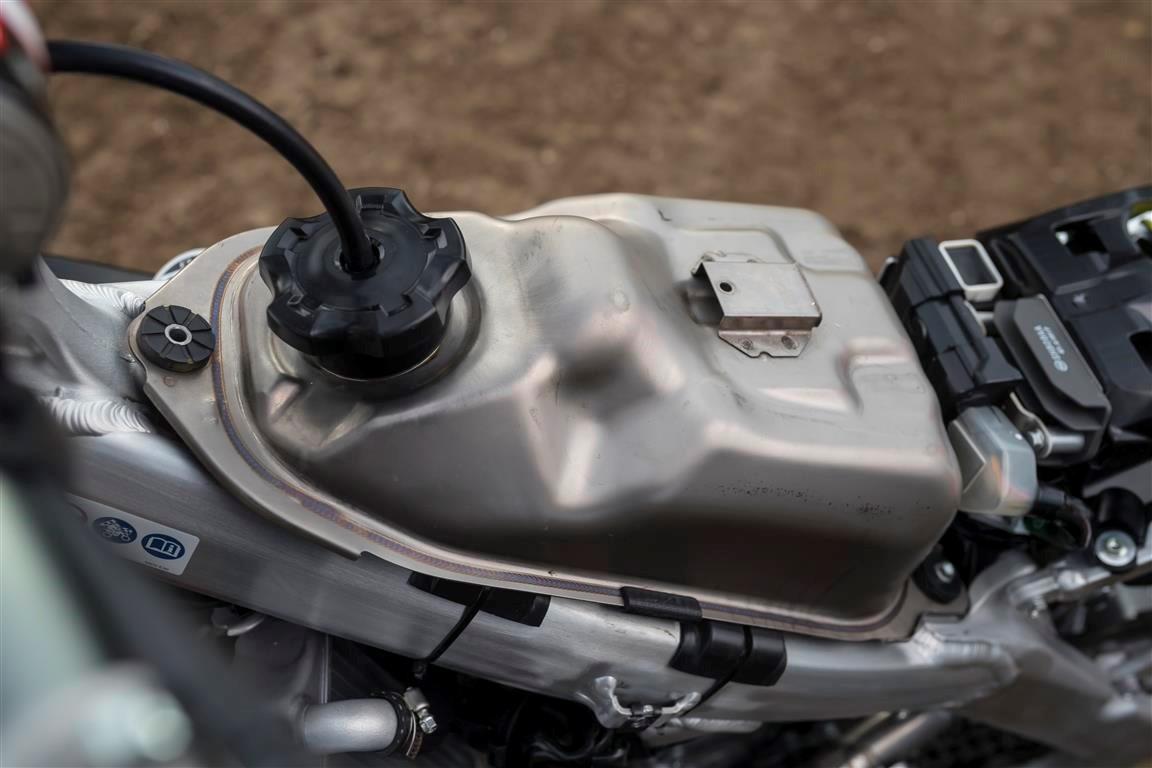 Honda CRF 250R deposito gasolina
