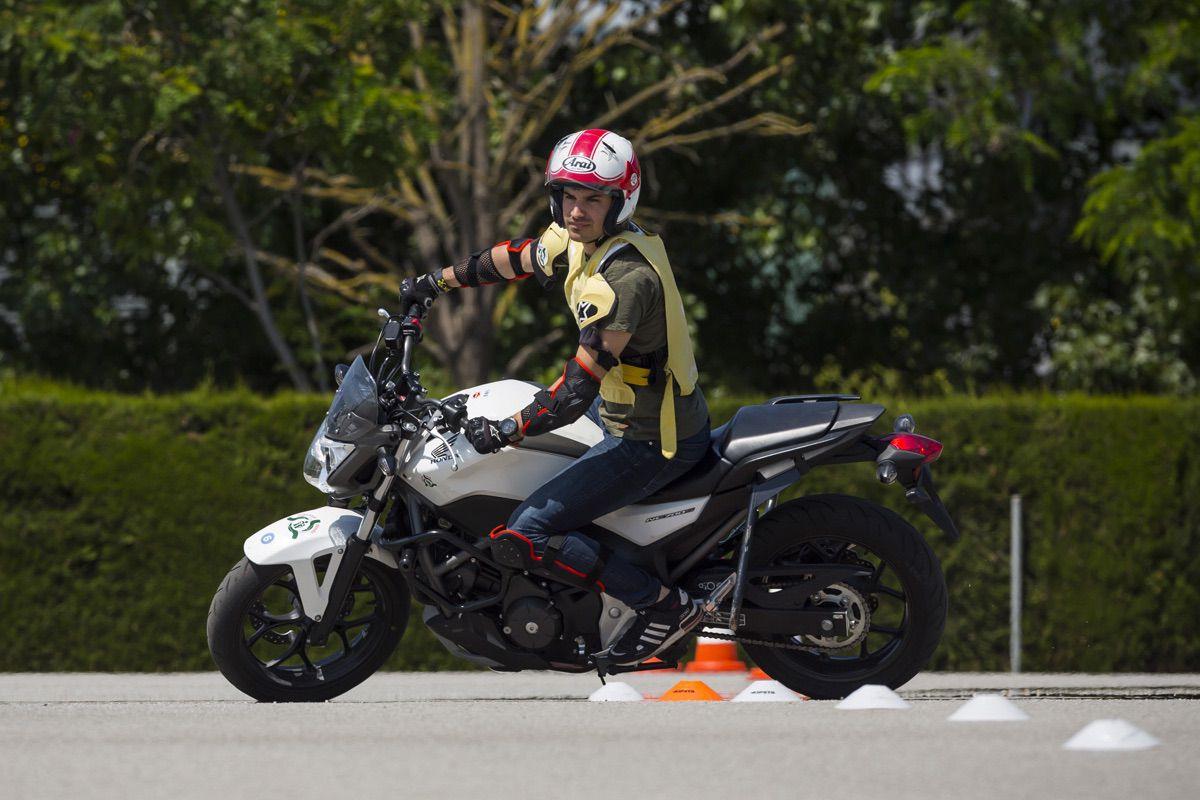 Carnet de Moto, prueba de aceleracion