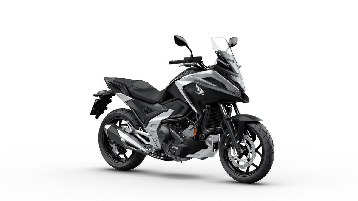 Honda NC750X 2021: mejorada en lo mejorable