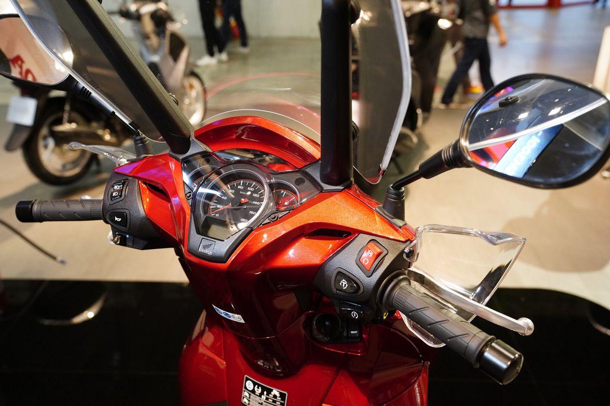Honda SH 300i Scoopy 2019