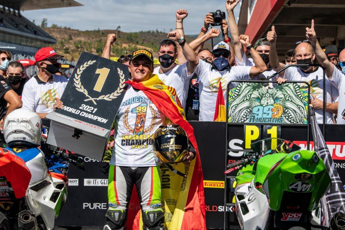 Adrián Huertas Campeón del Mundo de Supersport 300 2021