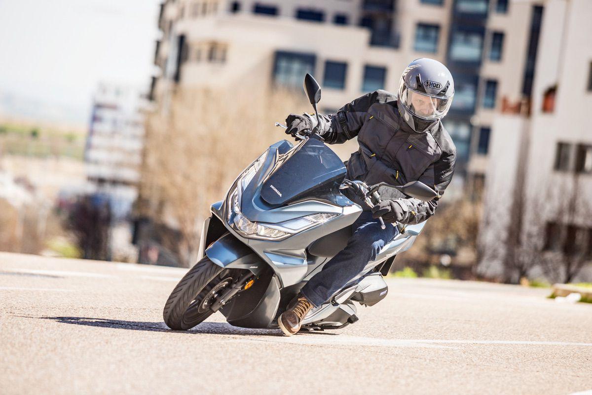 Honda PCX 125: Fino fino