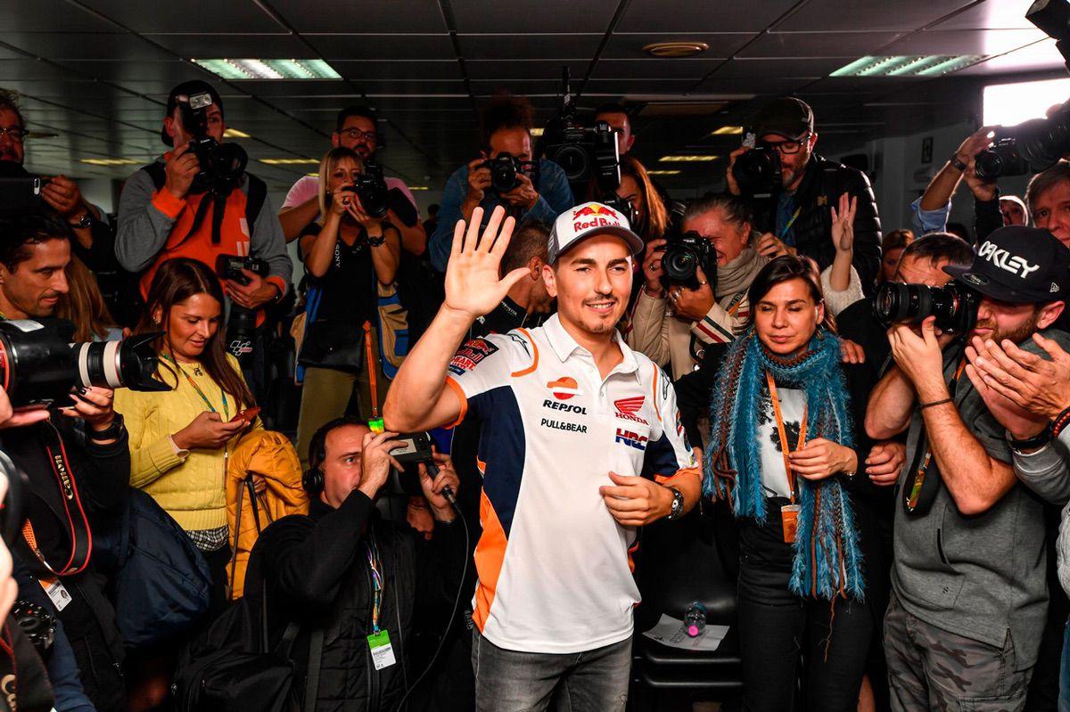 Jorge Lorenzo durante el GP de Valencia 2019