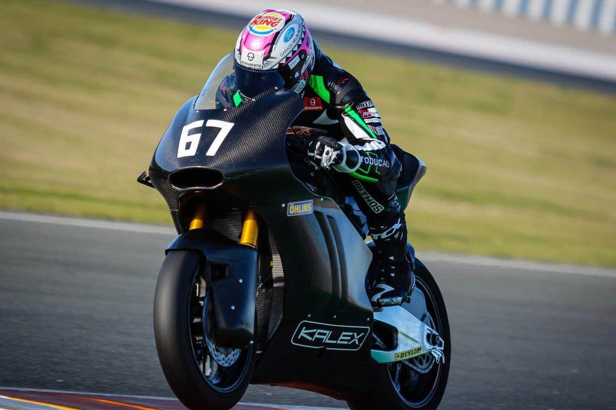 kalex triumph moto2