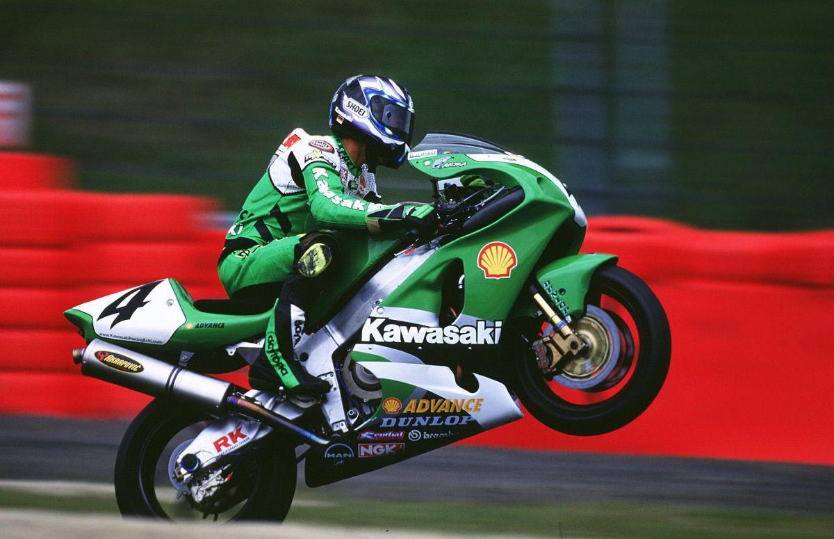 Kawasaki SBK 100 victorias