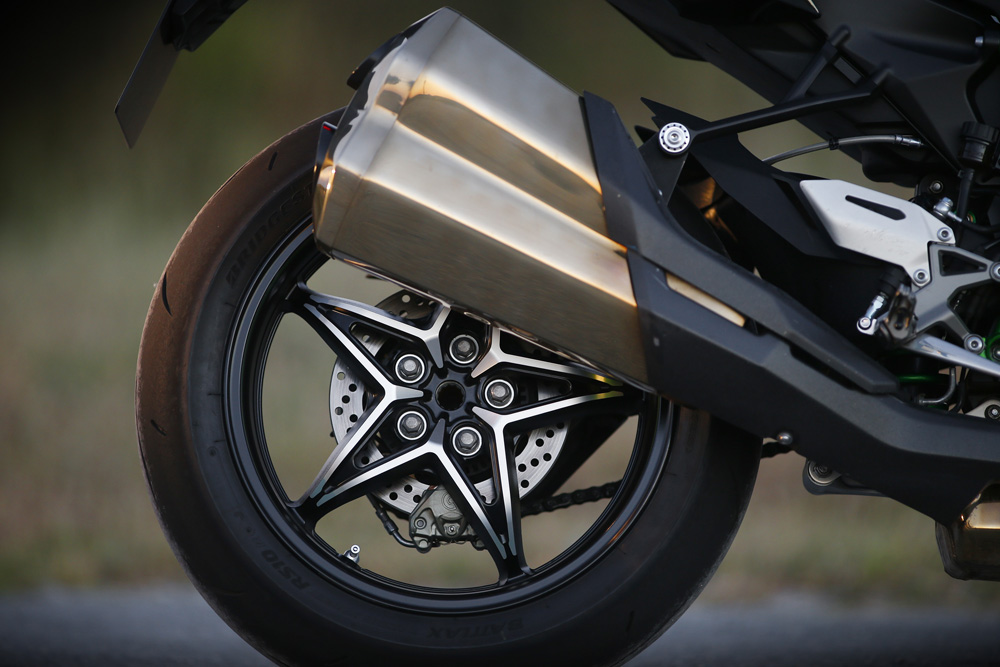 Kawasaki Ninja H2 Llantas y ruedas