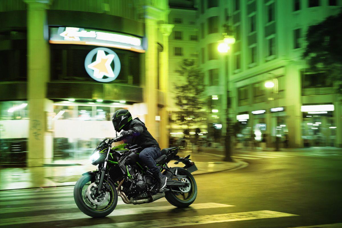 Nueva Kawasaki Z650 2022