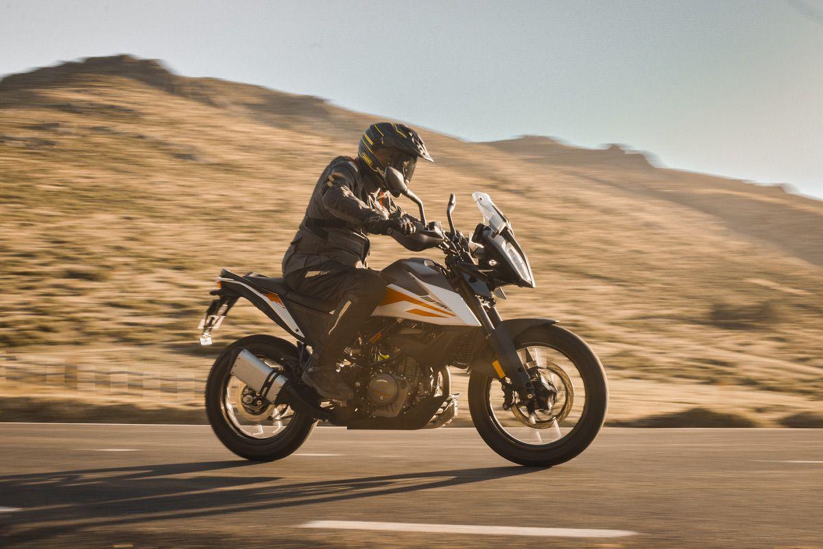 Las 6 mejores motos del A2 para viajar acompañado