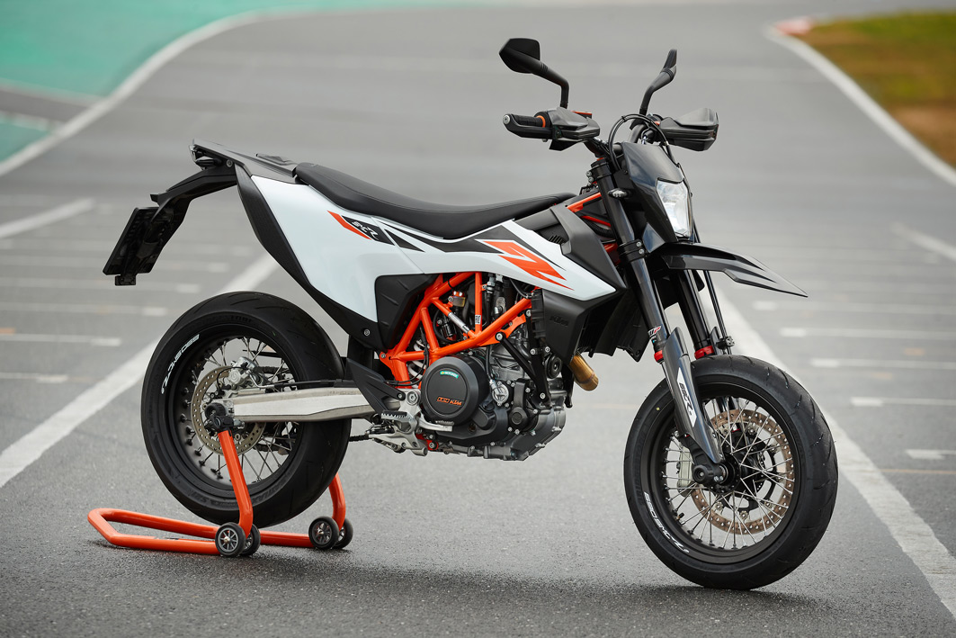 KTM 690 SMC R 2019