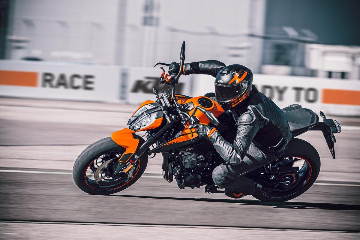 Nueva KTM 890 Duke: El escalpelo afilado