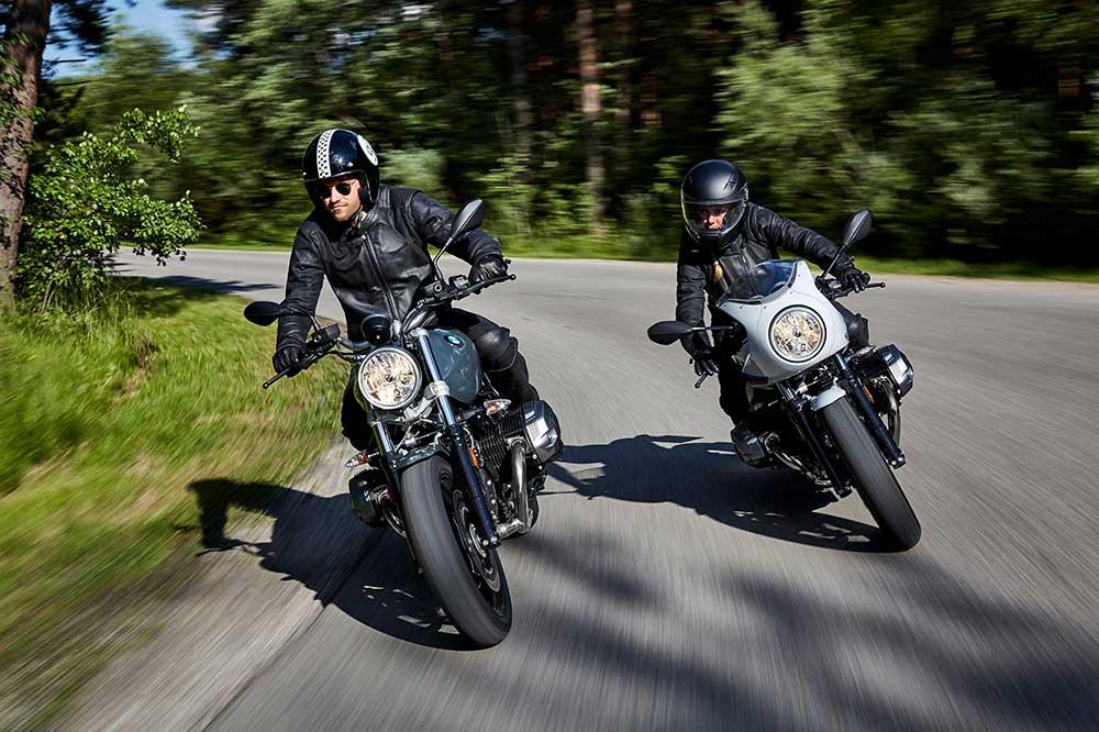 La mirada en moto