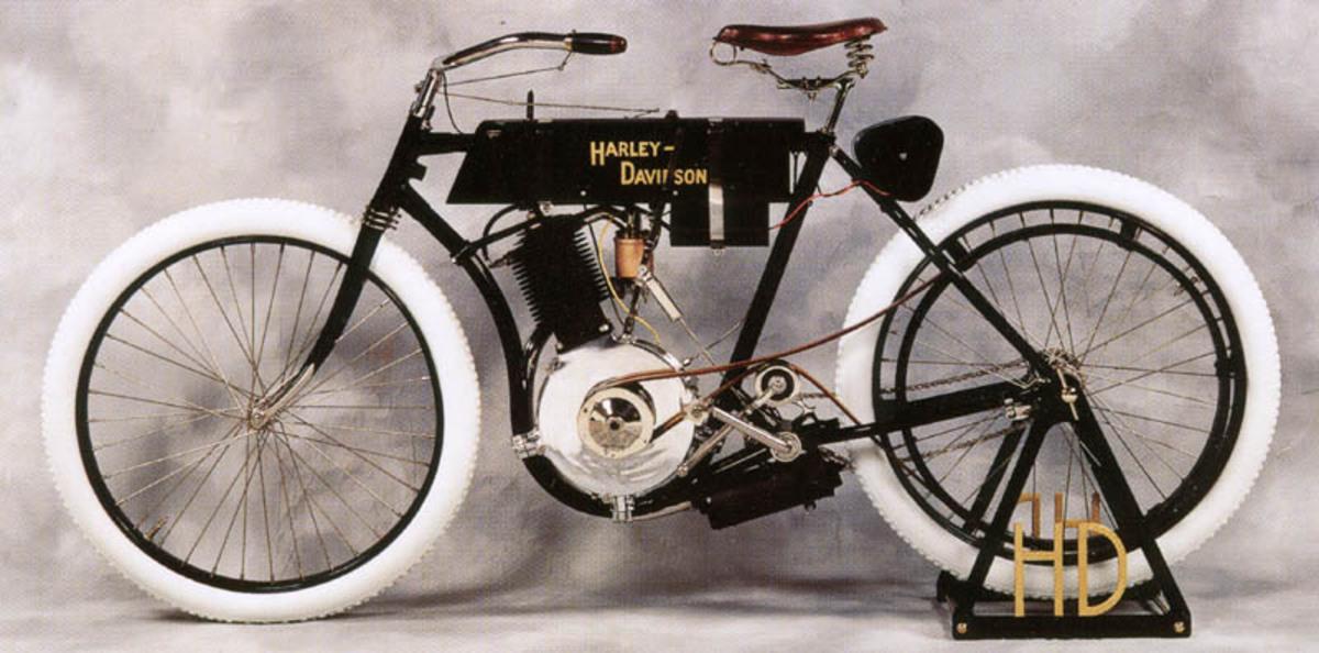 El primer motor V- Twin de Harley Davidson