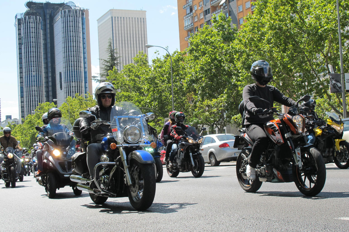 Manifestaciones moteras en Madrid y Barcelona