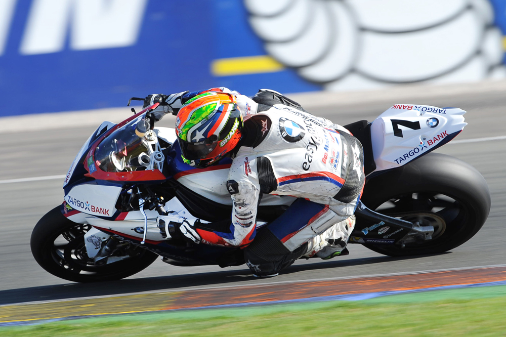 Maximilian Schreib logró la victoria en Superbike en el FIM CEV Repsol