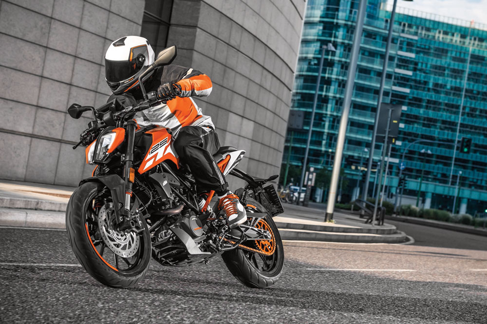 Las mejores motos naked 125