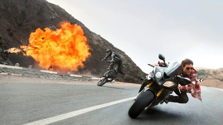 Tom Cruise en una BMW s1000RR