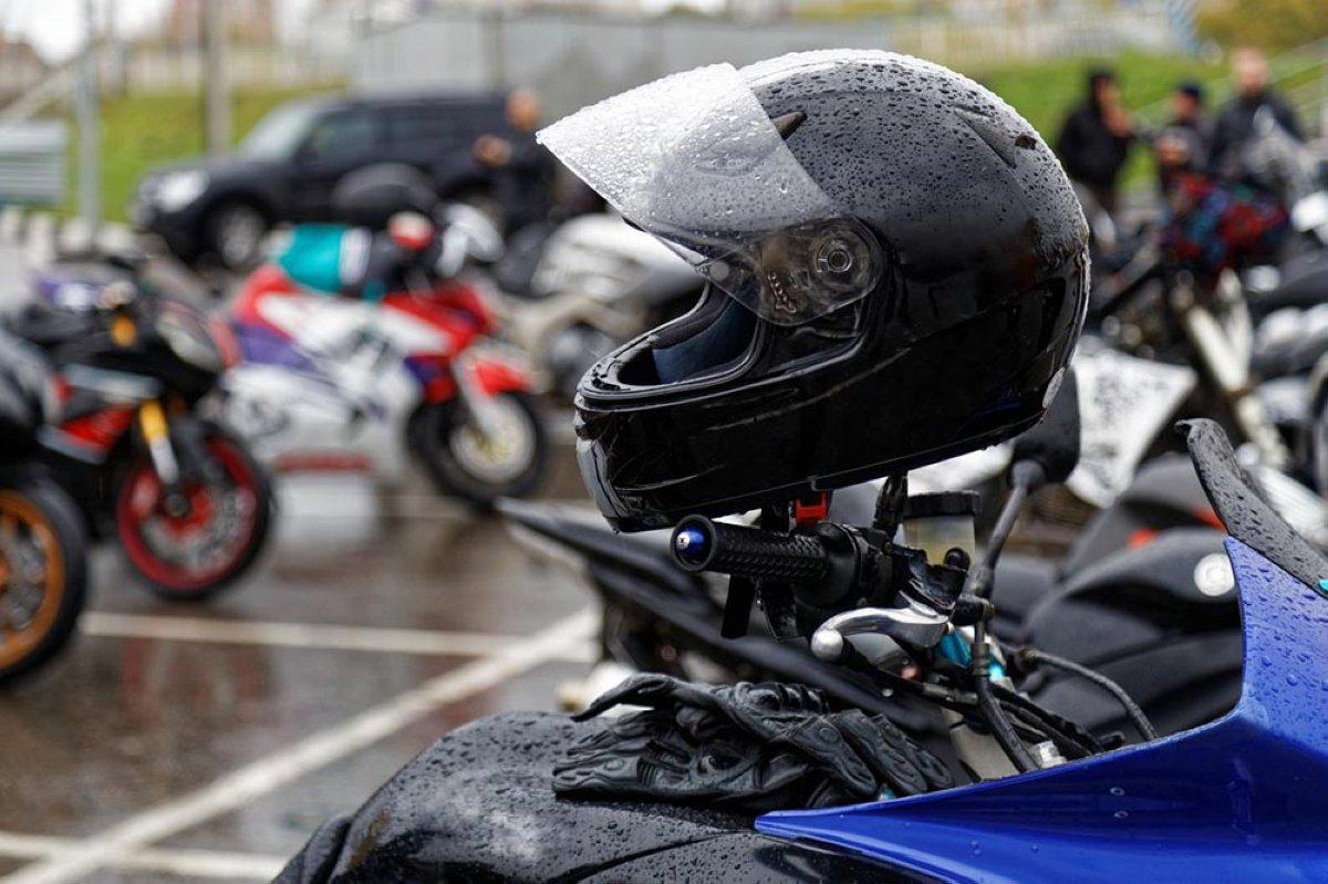 Encuesta: Llegó el otoño... ¿sigues usando la moto los días de lluvia?