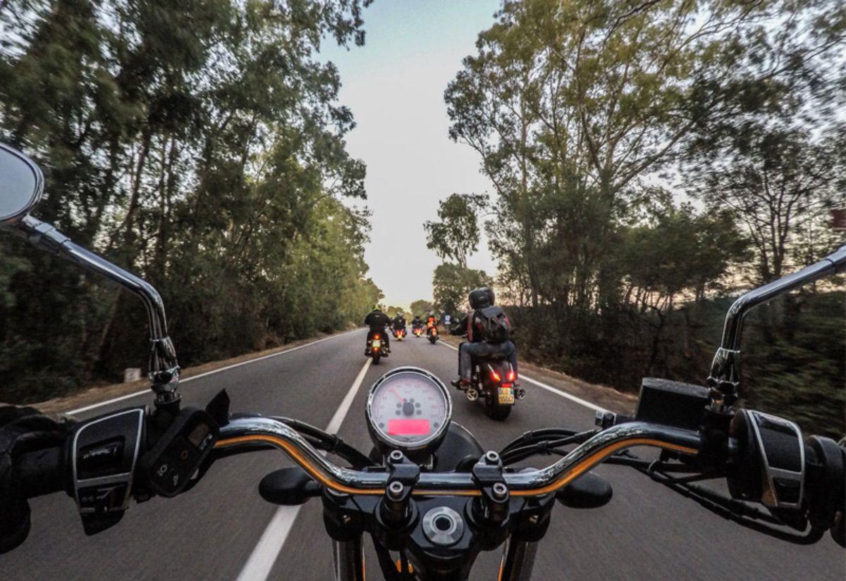 Moto Guzzi Experience 2021: descubriendo la Toscana