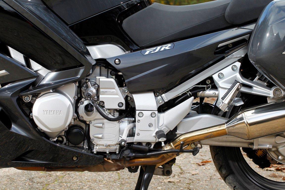 motor Yamaha FJR 1300