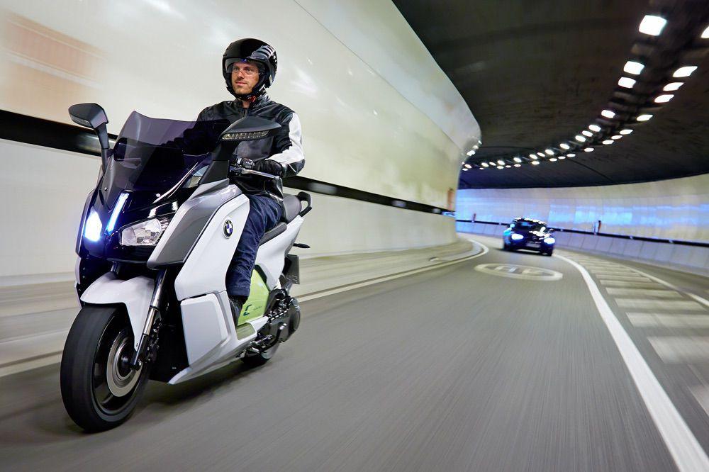 Las motos, consideradas no contaminantes