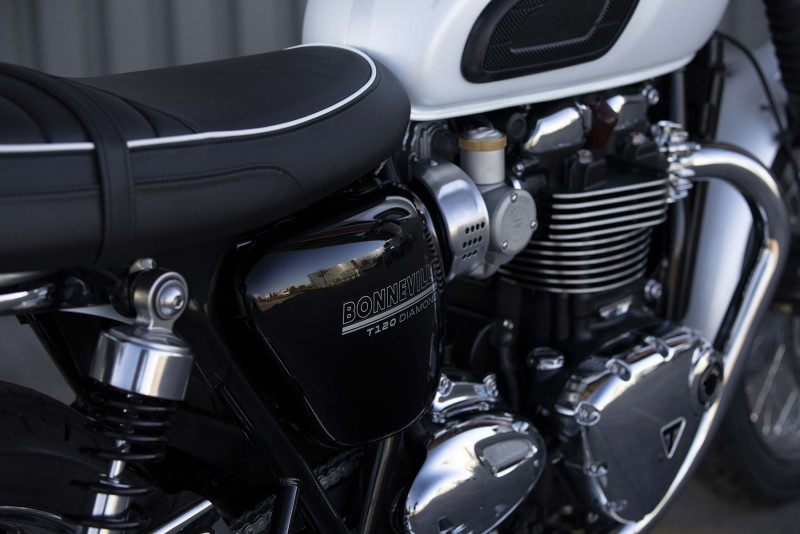 Triumph Bonneville T120 Diamond Edition