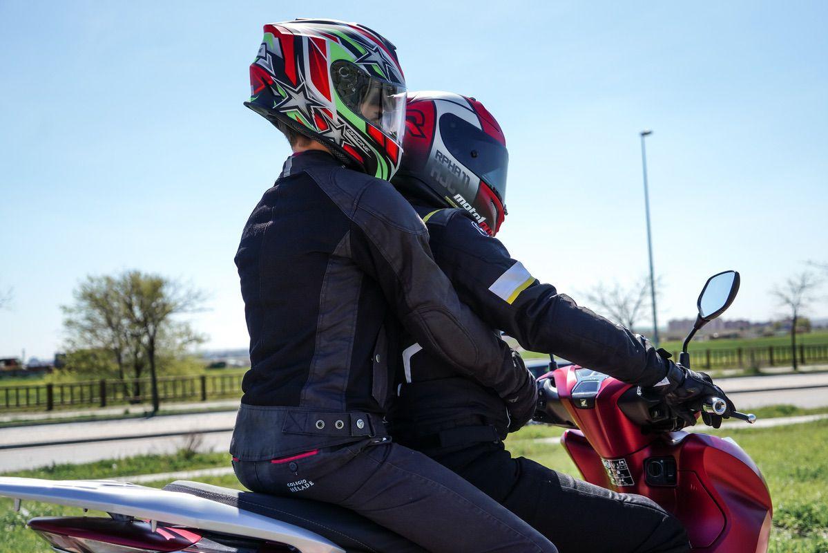 Encuesta: ¿Llevas o has llevado al niño al colegio en moto?
