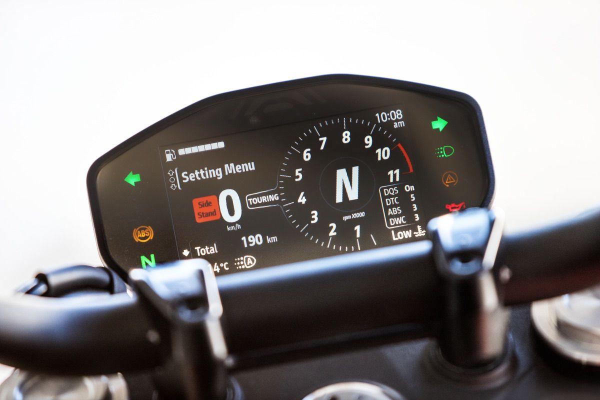 Prueba Ducati Monster 2021: Manteniendo su esencia