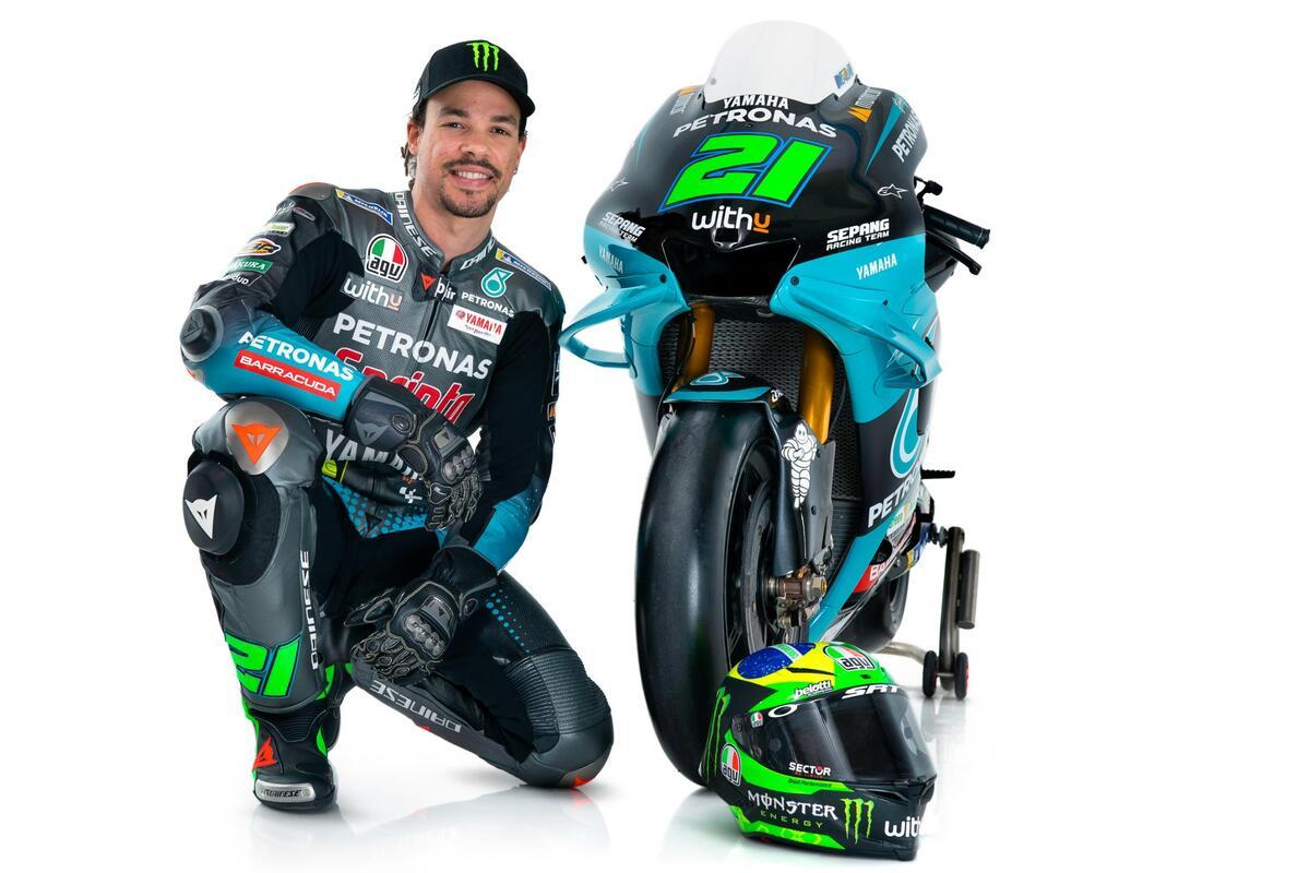 Presentación del Yamaha Petronas SRT: Nuevos colores para Valentino Rossi