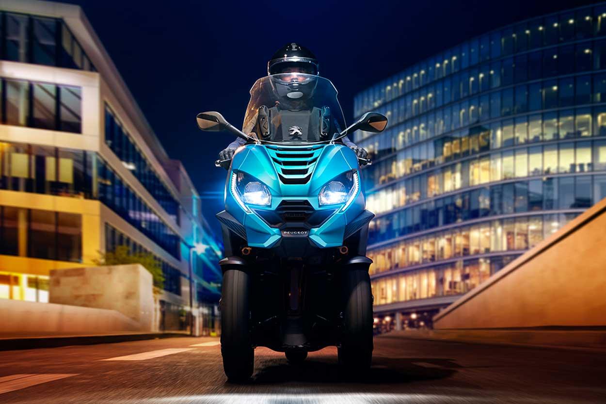 Peugeot Metropolis 2020, scooter de tres ruedas