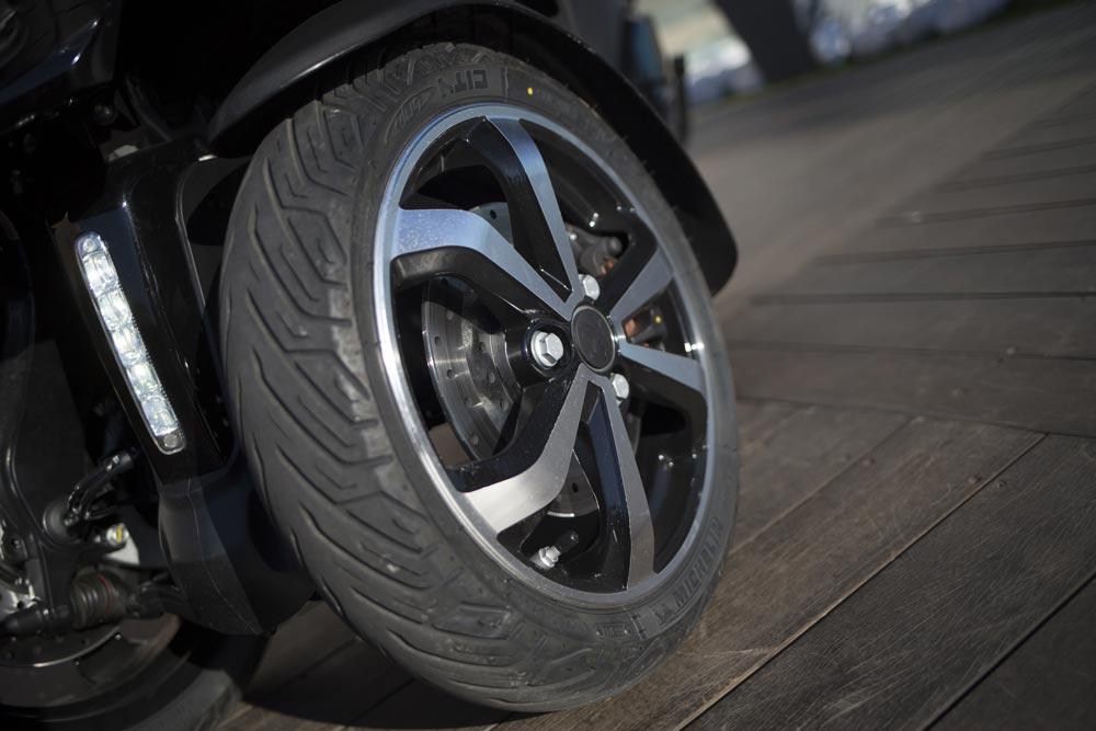 Nuevas ruedas del Peugeot Metropolis 2017