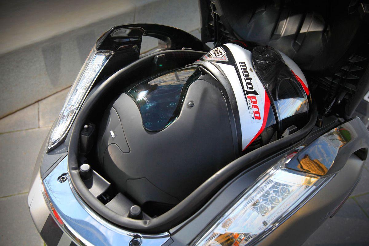 Peugeot Satelis 400: Prueba