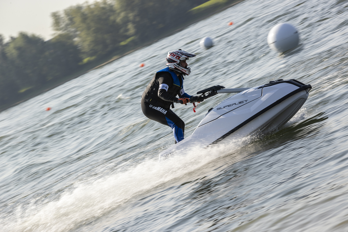 YAMAHA WAVE RUNNER Y SUPERJET 2021
