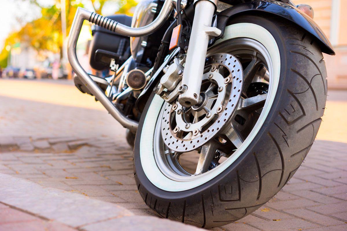 5 razones para cambiar los neumáticos de tu moto