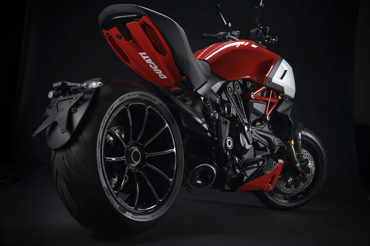 Ducati Performance para Ducati Diavel