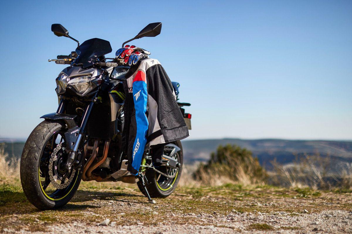 Seventy Degrees: equipación segura sobre las dos ruedas