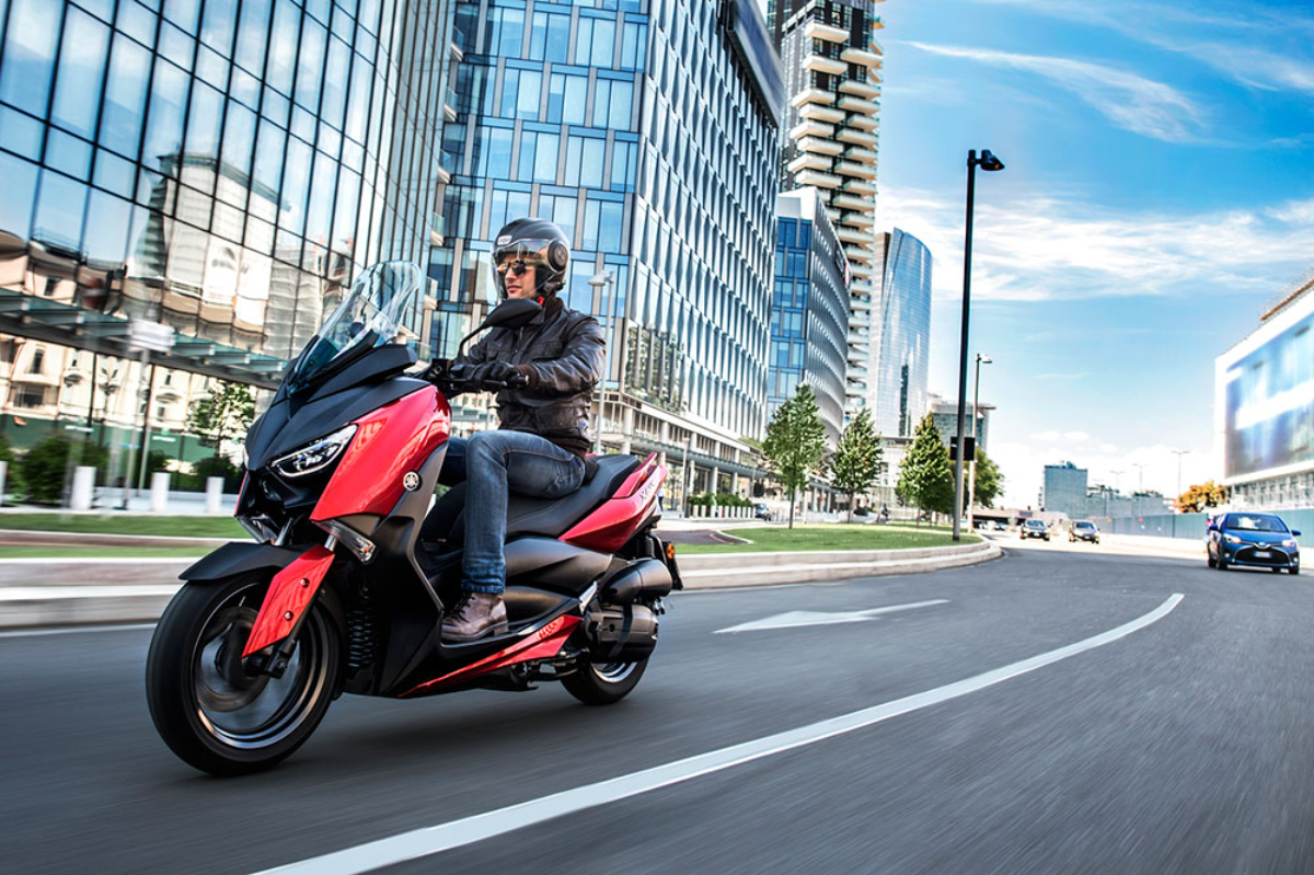 Yamaha renueva los colores de sus scooter para 2022