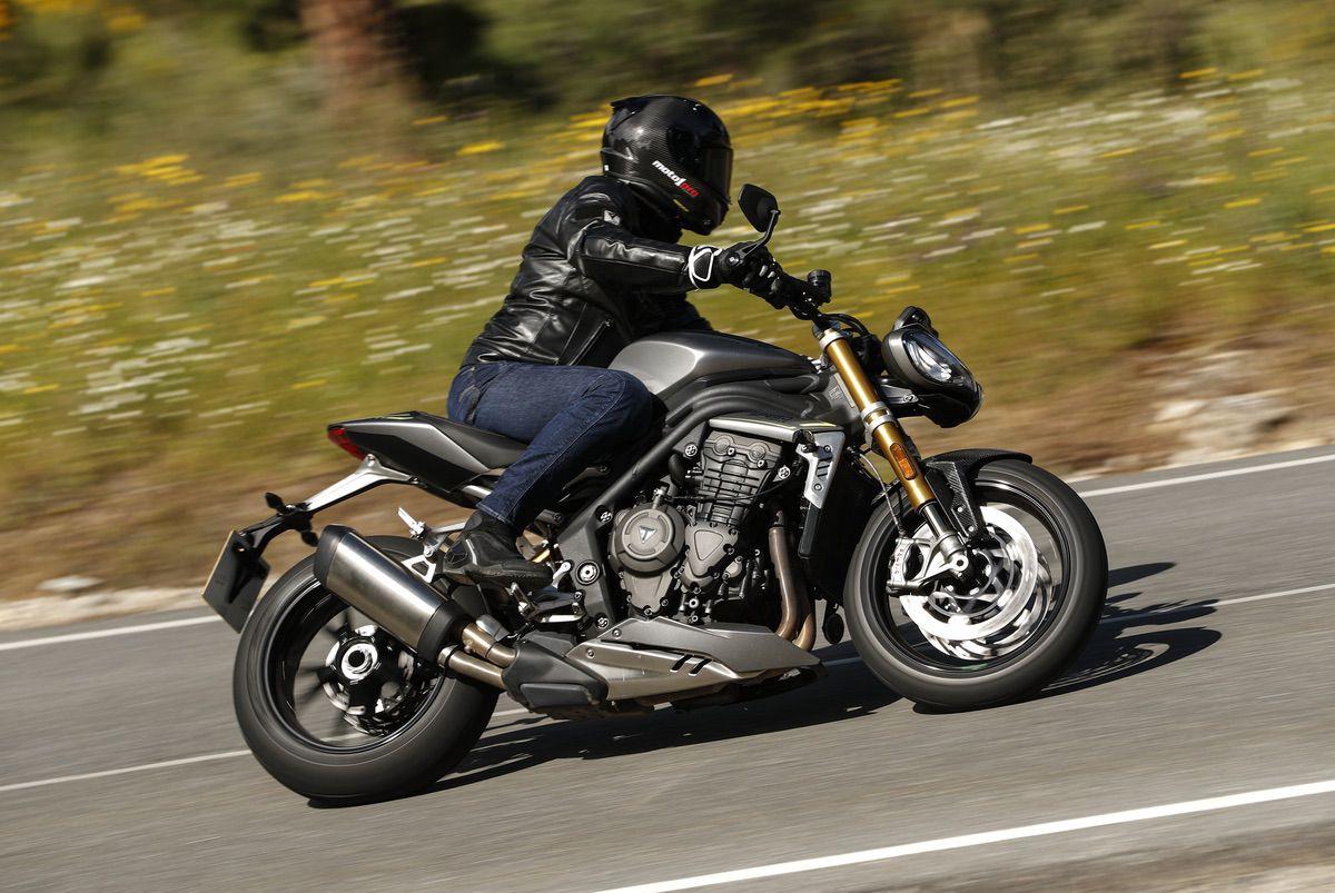 Triumph Speed Triple 1200 RS: La tentación vive cerca
