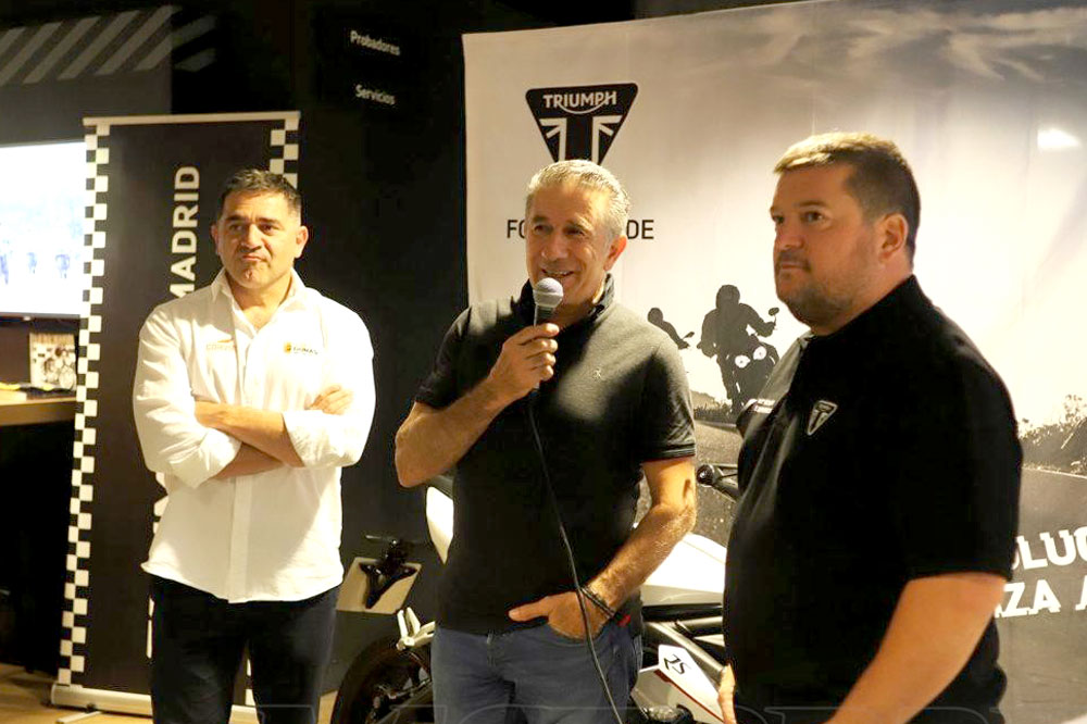 Miguel Puertas, Jorge Martínez Aspar y Mela Chercoles en Triumph Madrid