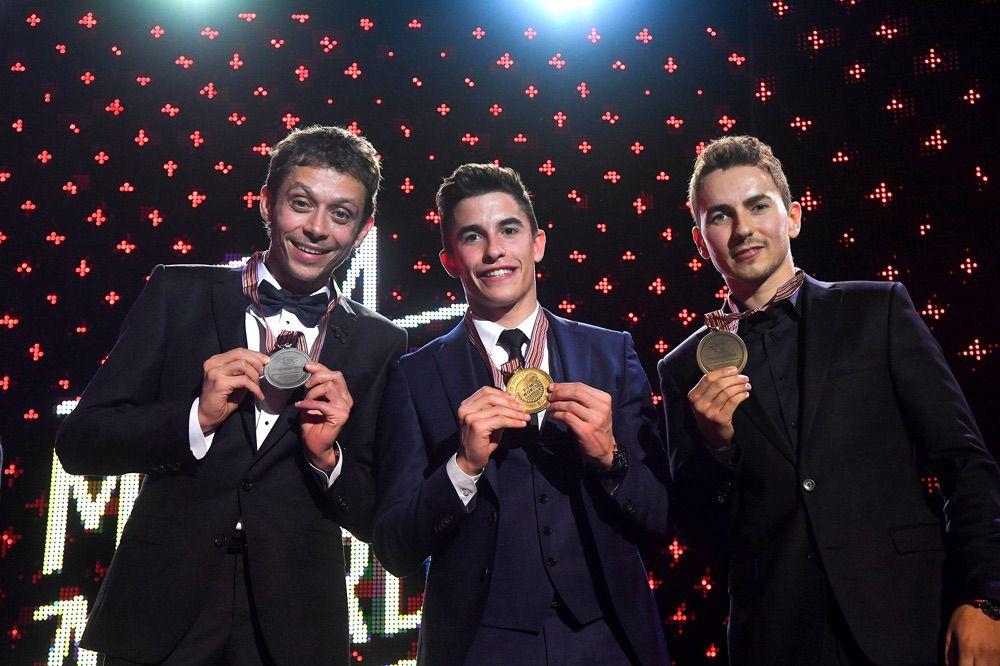 Valentino Rossi, Marc Marquez y Jorge Lorenzo en los FIM Awards Ceremony