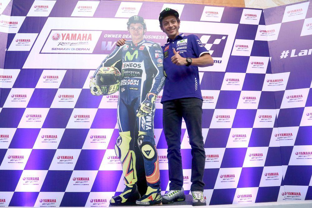 Valentino Rossi y Yamaha dos años mas