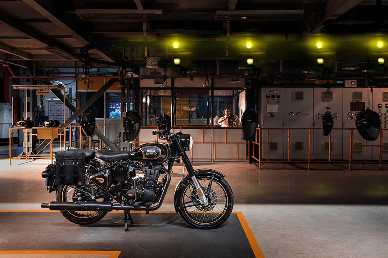 Royal Enfield Tribute Black